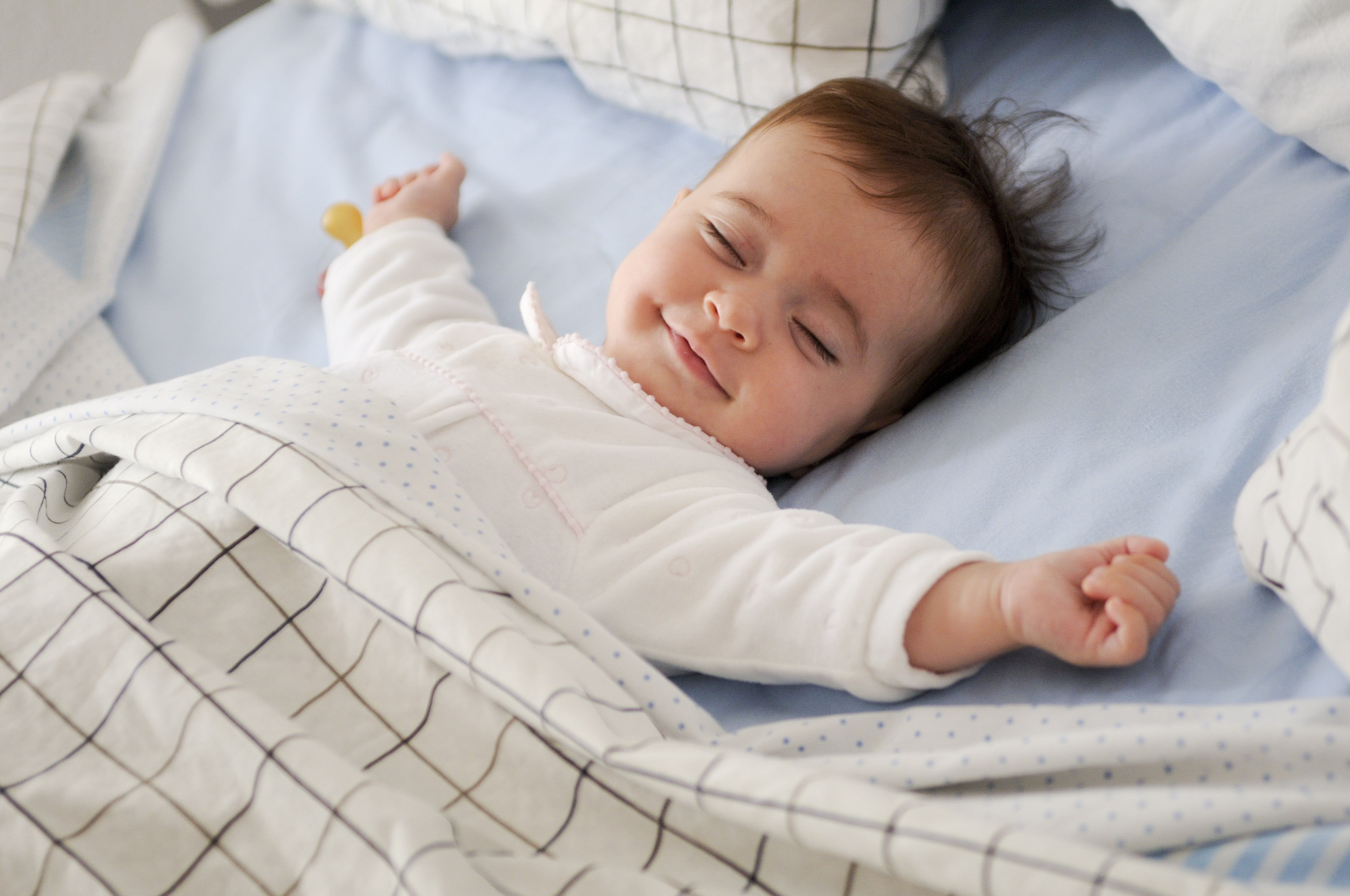 niño durmiendo calendario vacunal